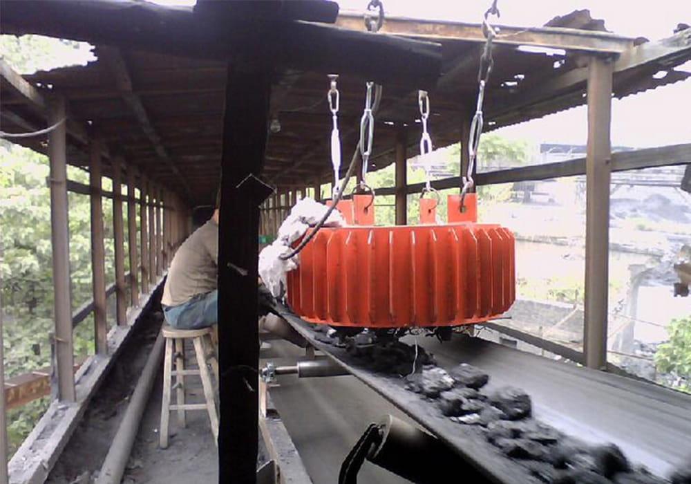 <b>盘式电磁除铁器使用现场</b>