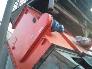 自卸式管道除铁器使用现场